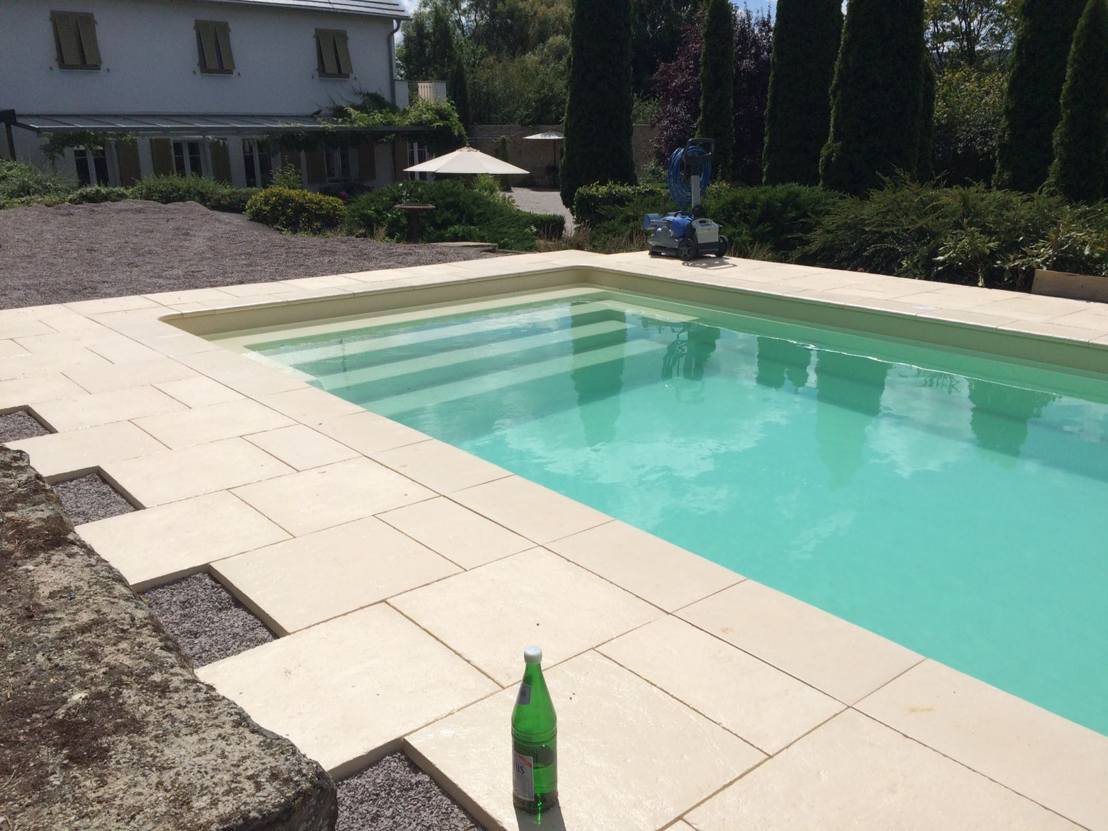 GFK-Pools in Schotter einbauen - funktioniert! - 123swimmingpool ...